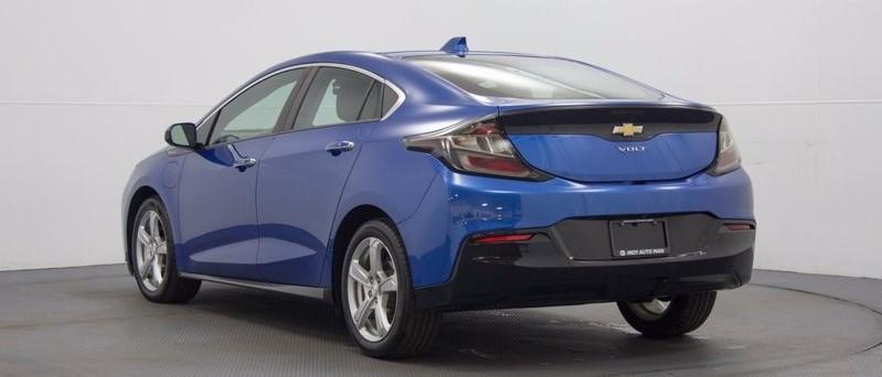 best sedans to buy used in Indianapolis